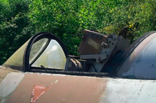 Cockpit section of Dumped Hawker Hunter F.4, OV-K / ID-26