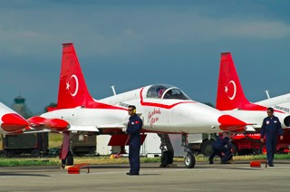 Crew chiefs of the Turkish Stars at work