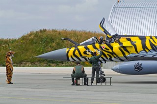 Mirage 2000C, 12-YB / 99, EC.01.012 is being prepared for it's next mission